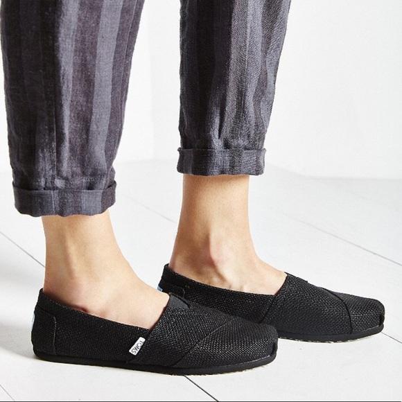 Toms Shoes | Toms Black Burlap Classic